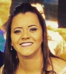 Nágila Oliveira